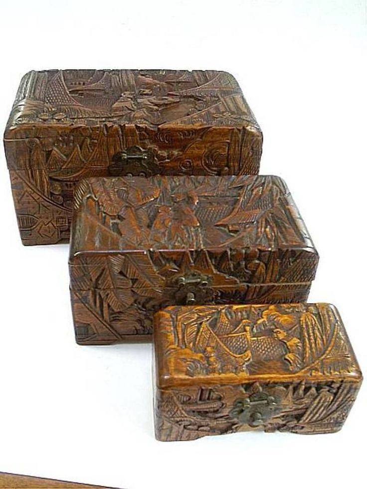 C19TH ANTIQUE CHINESE HAND CARVED/TREEN NEST OF 3 CAMPHOR WOOD HINGED BOXES