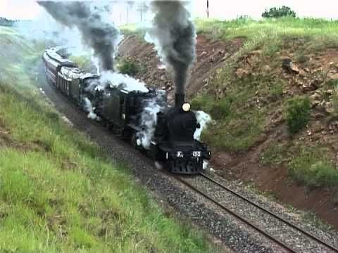 Steam Train struggles on 1 in 48 grade. SRV Robinvale Weekender: Australian Trains - YouTube