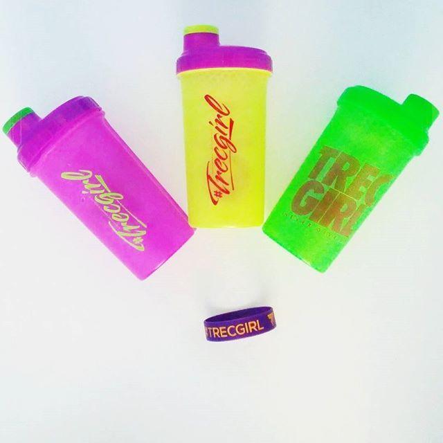 #shake #proteinshake #odchudzanie #weightloss #trecgirl #heathy #nutrition #food #diet #eatclean #lifestyle #workout #motivation #inspiration #sport #active #shape #fit #fitness #shaker #instafit #getfit #befit #kolorowo #summer #lato #wakacje #opaska #bransoletka #bracelet @marta.zakrzewskaa @trecnutrition