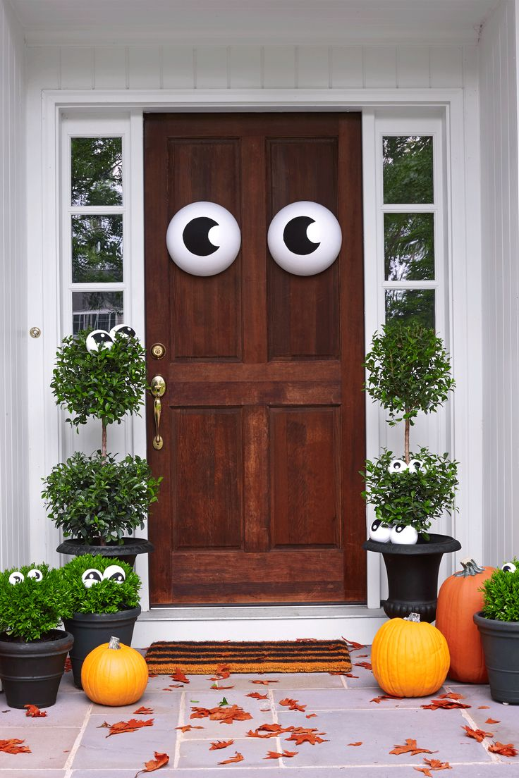94 best hAllOwEEn-Entries images on Pinterest Halloween - Front Door Halloween Decorations