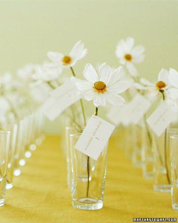 It doesn't get much simpler than these flower escort cards Repinned from @alidax: Spring Flower, Escort Cards, Wedding Ideas, Place Cards, Daisies, Seating Cards, Card Displays, Table