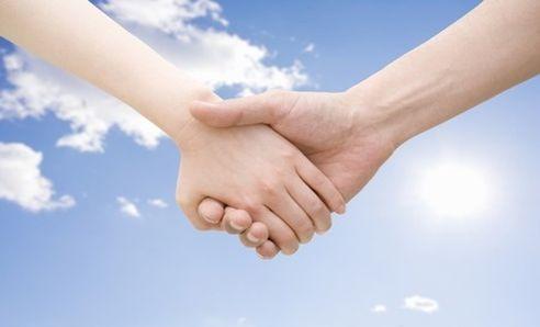 L' incontro proporrà una visione più consapevole delle relazioni, mostrando gli effetti benefici dell'accettazione della diversità dell'altro come chiave per mitigare i conflitti e aumentare il benessere e la felicità. Se sei interessato ti aspettiamo MARTEDI' 12 LUGLIO alle ORE 19:00. Il contributo per l'incontro è di 15.00 euro  RICHIESTA LA PRENOTAZIONE ASSOCIAZIONE E CENTRO DI PSICOLOGIA E PSICOTERAPIA APICE VIA PANDOSIA...
