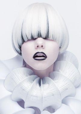 SHISEIDO TOP HAIR & MAKE UP ARTIST YOSHIKO JINGUJI