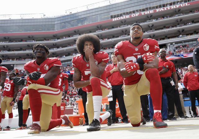 Evidence Shows NFL Boycott Affecting Viewer Ratings - Breitbart http://www.breitbart.com/sports/2016/10/06/evidence-shows-results-nfl-boycott-ratings-plummet/ via @BreitbartNews Eli Harold, Colin Kaepernick, Eric Reid