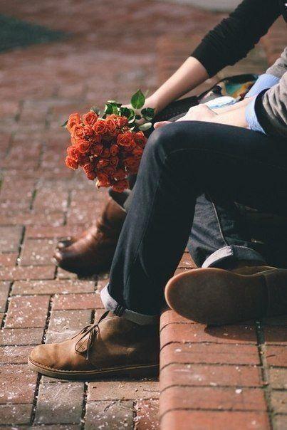 В голове у человека обычно две дилеммы: как удержать того, кто хочет уйти, и как избавиться от того, кто уходить не хочет?
