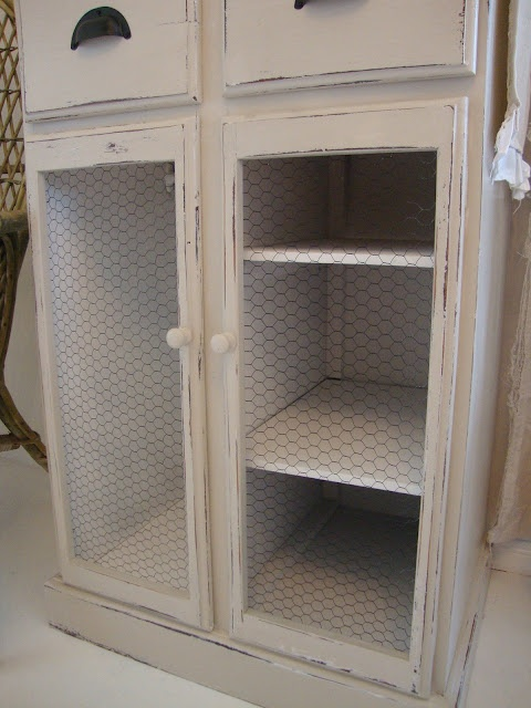 Diy Cabinet W Chicken Wire Doors For After I Paint My