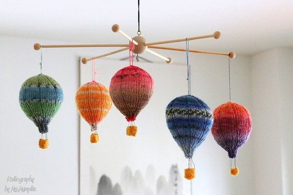 Hot air balloons handknit mobile hangers by KnitographyByMumpitz