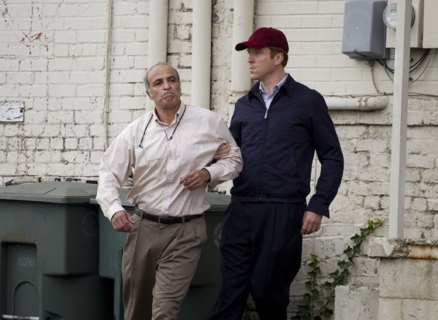 Still of Nasser Faris and Damian Lewis in Homeland