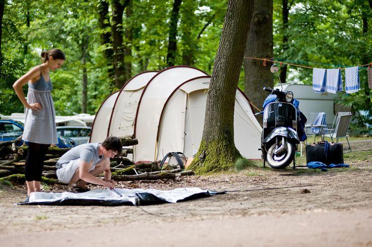 Huttopia Versailles - Camping - © Huttopia - Romain Etienne - Département Yvelines Région Ile de France www.vacances-originales.fr