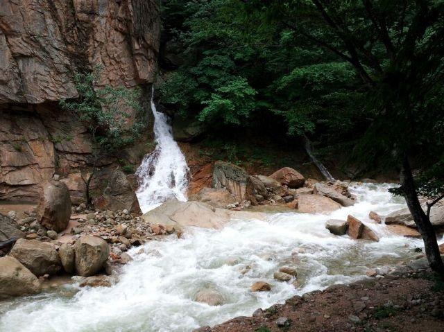 Mt. Seorak valley after rain