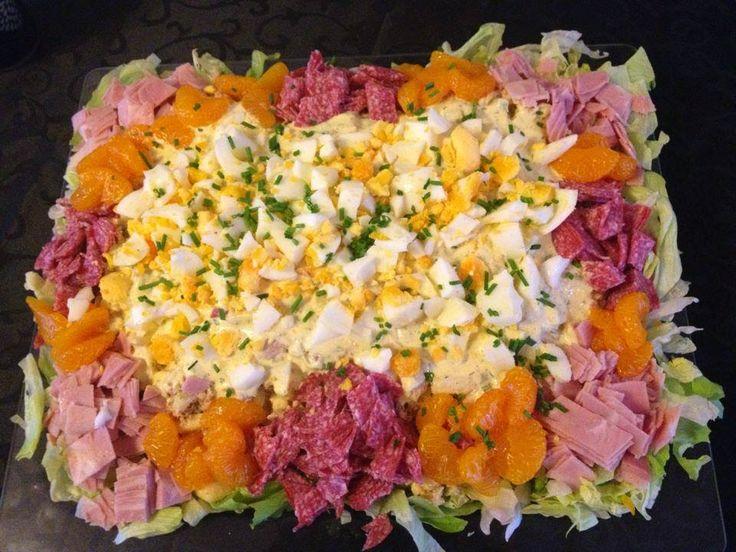 Heb je een lekkere salade gemaakt en weet je niet goed hoe je hem mooi kunt serveren? Heb ik hier een voorbeeld waarbij het altijd lukt.