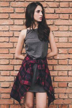 Vestido Gola Alta Cinza - Look soft grunge , ótima inspiração para o verão