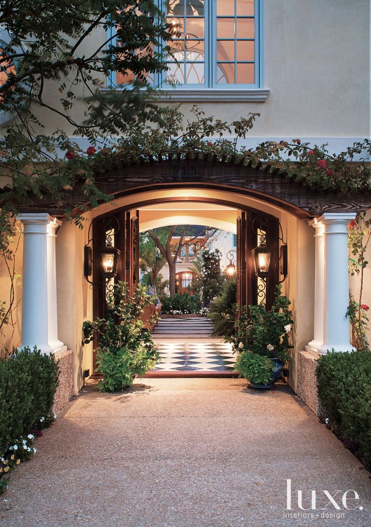 53 best exteriors porte cochere images on pinterest for Courtyard entry house plans