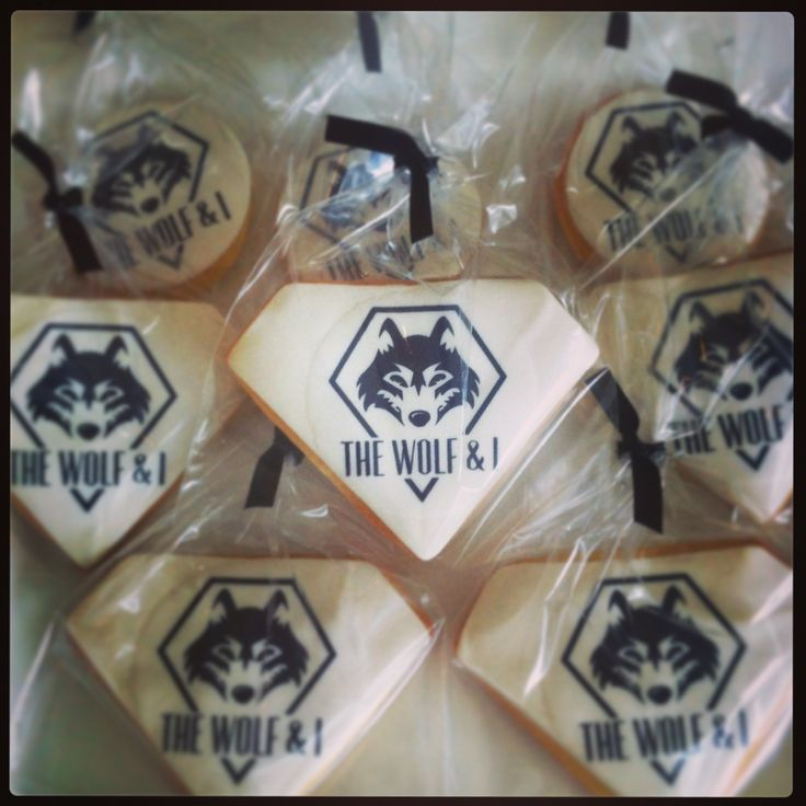 Wolf and I Windsor Corporate Cookies.