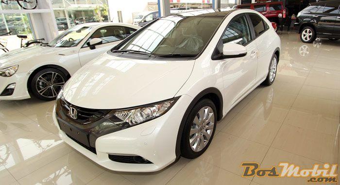 Ayun Jaya Motor Tawarkan Honda Civic Hatchback Seharga 580 Juta #info #BosMobil