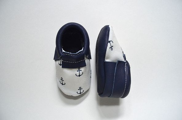 mocassins pour bébés en cuir Baby leather moccasin www.vicandted.com