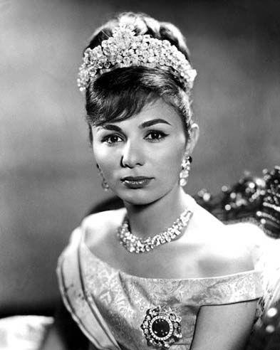 royalwatcher:  Empress Farah Pahlavi