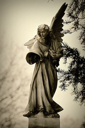 Overgrown old Cemetery statue | Famous Cemeteries in Europe: Staglieno Cemetery, Zentralfriedhof and ...
