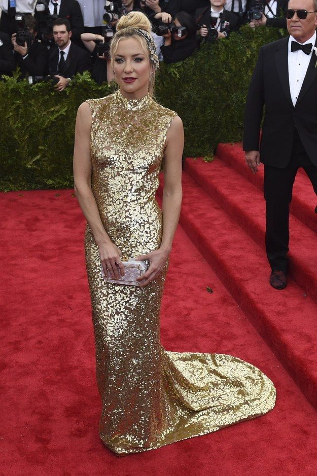 """Love the """"hair jewels""""  Kate Hudson 