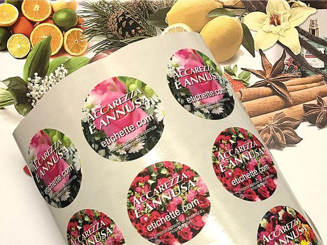 NOVITA! etichette adesive profumate, sfiorando le etichette le micro capsule sprigionano l'essenza profumata