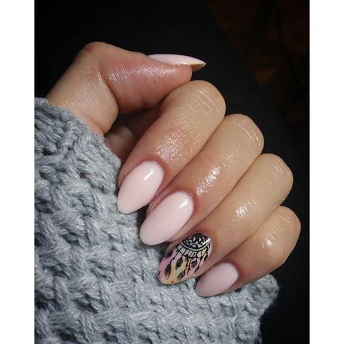 Afbeelding via We Heart It #hybrid #nails #semilac