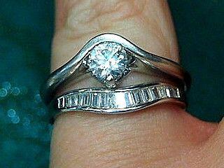 Jewellery-Ring-Designer-Tolkowsky twist series diamond solitaire ring
