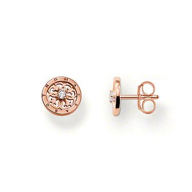 THOMAS SABO ear studs made from 925 Sterling Silver; 18K rose gold plated with white syn. zirconia. The delicate, 18 carat gold-plated Arabesques are particularly exquisite in rose gold and become elegant companions for any occasion through set white syn. zirconia stones (Size: 1.0 cm).
