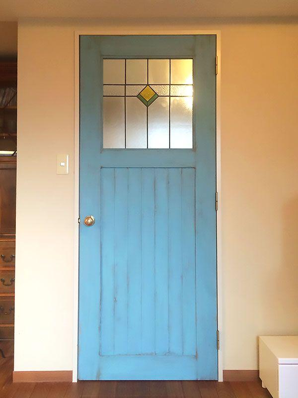 order door 12   SALVAGE【サルベージ】で取り扱うオーダードアは、全て無垢材を使用しており、  お客様のご希望のサイズ・デザインでオーダーメイドを承っております。  また、面格子などのアイアンの加工も自社で行っております。  木製ドアとアイアンの組み合わせは得意分野です。  店舗用、一般住宅用、室内用、玄関用などを問わずオーダー可能です。  どうぞお気軽にお問い合わせ下さい。