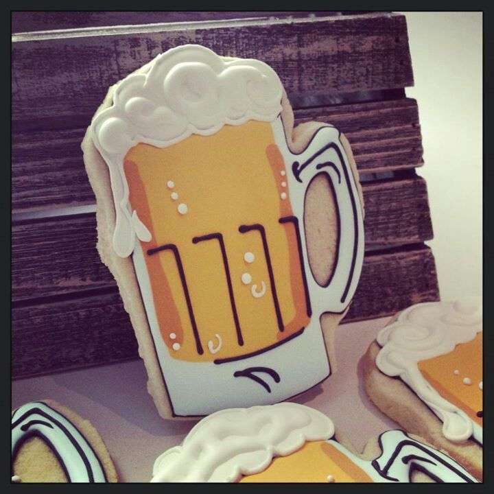 beer mug cookies - good for my crowd :)