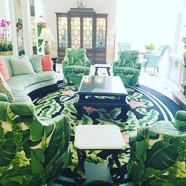 Etonnant Palm Beach Regency With Brazilliance Banana Leaf Print All Over By Dorothy  Draper At The Colony