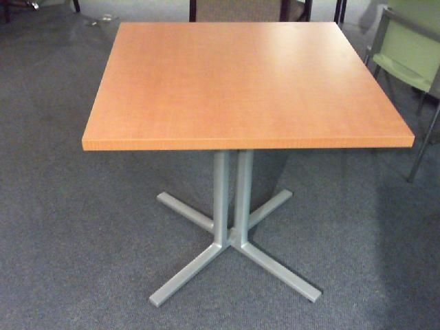 Herman Miller Everywhere Table Cafe Height With Square