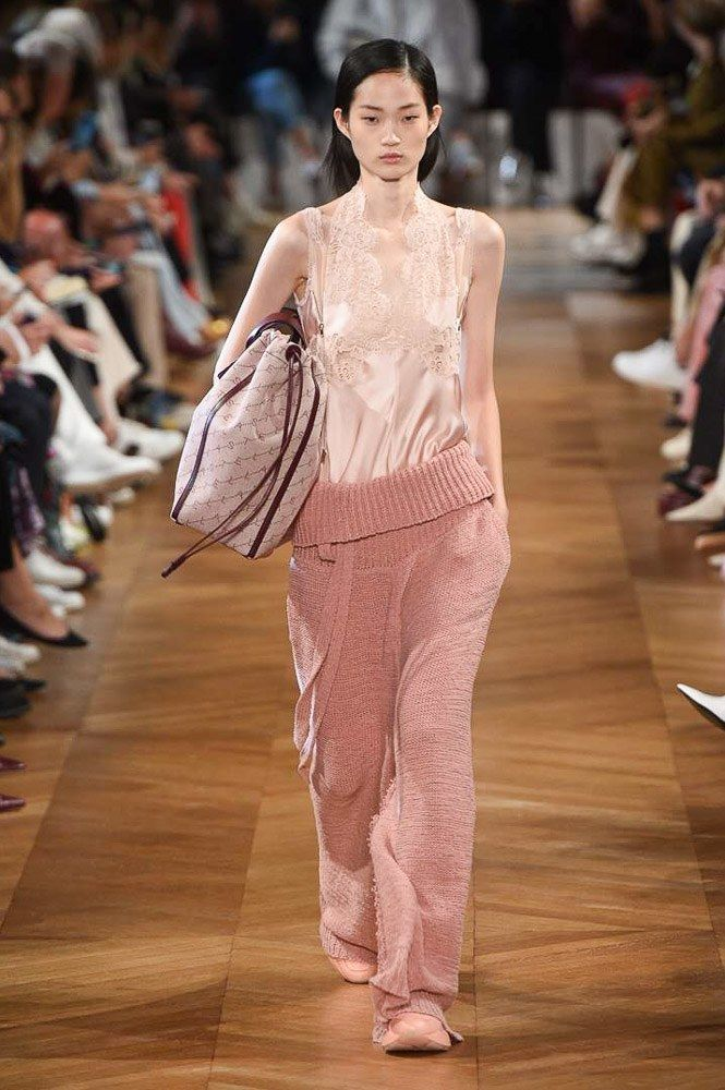 33ab23fe40bc8 Stella McCartney Spring 2019 Ready-to-Wear Collection - Vogue