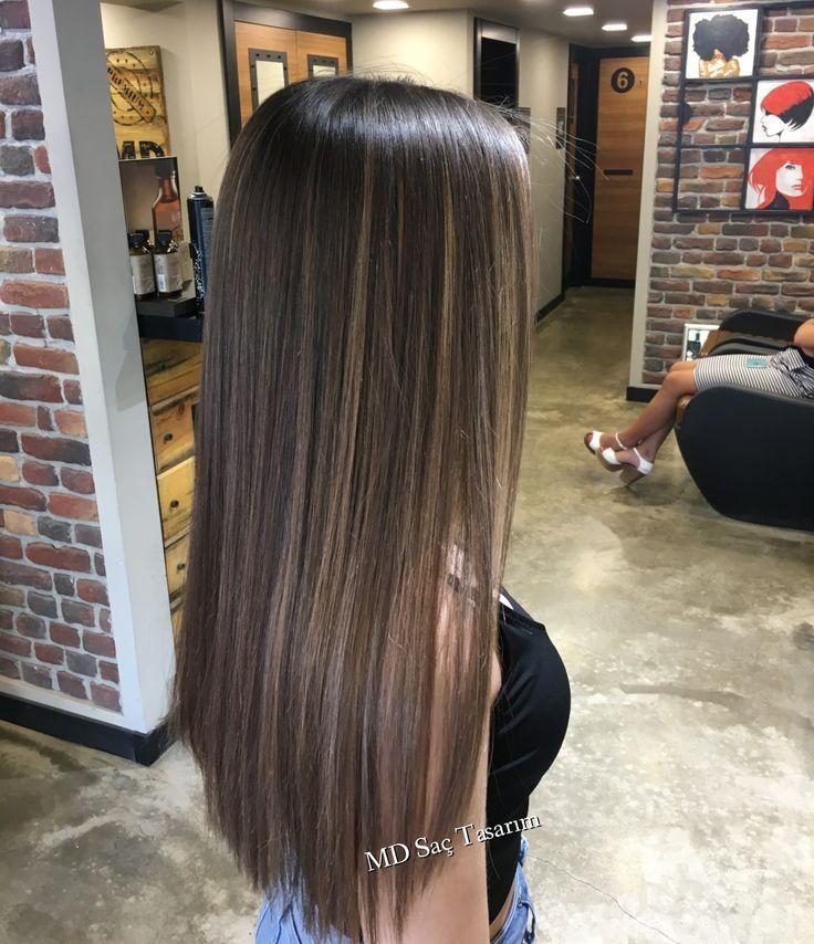 Cheveux lisses et mi-longs … Super belle coiffure! – Hair Color – #Belle #chev