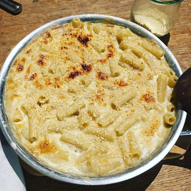 Mac and Cheese #vegan from @minimalistbaker definitely the best macaroni sauce ever !! Even if you are not a vegan you'll love it. Fortunately here is the fresh garlic seasons I will make it again and again !! ここ最近で一番大好きなレシピミニマリストベイカーのマカロニチーズ #ヴィーガン  ローストした丸ごとガーリックの風味が口に広がって悶えちゃう美味しさです絶対にまた作ります #macncheese #macandcheese #minimalistbaker #plantbased #pasta #macaroni #garlicky #easyrecipe #マカロニチーズ #マカロニグラタン #ベジタリアン #ローストガーリック #丸ごと #ガーリック #にんにく #ニンニク #レシピブログ #美味しかった #vegetalien #vegetarien…