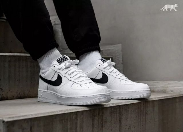 ede35028948 Nike AA4083-103 Air Force 1 07 Lifestyle Shoes White Black