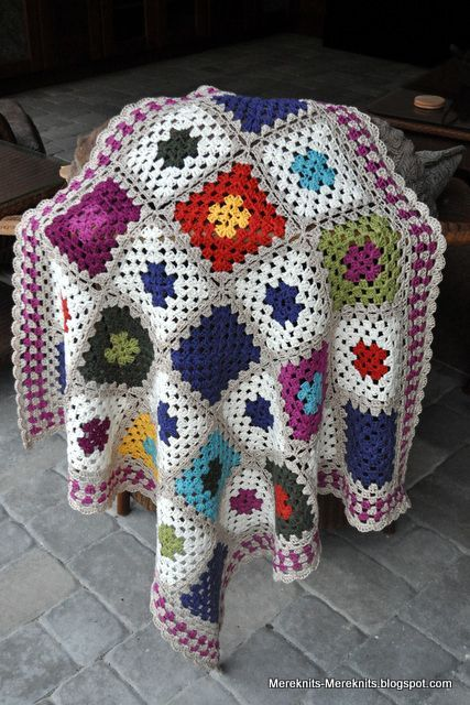 Bits and Bobs Baby Blanket and a wee break.....