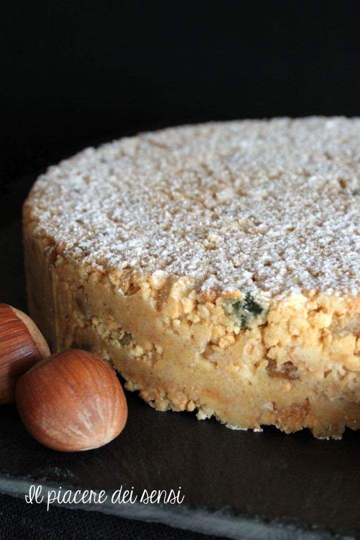 Torta senza cottura al cioccolato bianco con noci e nocciole - il dessert ultra-veloce delle feste! per la ricetta clicca sul link blu ⬇️⬇️ ⬇️⬇️ ⬇️⬇️ http://ilnuovopiaceredeisensi.altervista.org/torta-senza-cottura-al-cioccolato-bianco-con-noci-e-nocciole/ #christmas2016 #christmas #dessert #cioccolato #chocolat #ilpiaceredeisensi #homemade #ricettebloggerriunite