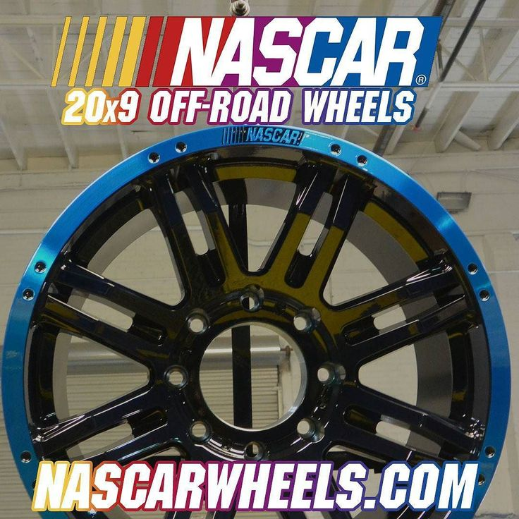 red and yellow circles on NASCAR wheels - Scale Auto Magazine - For ...