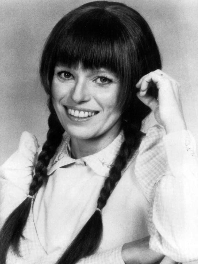 Louise Lasser (here as Mary Hartman)