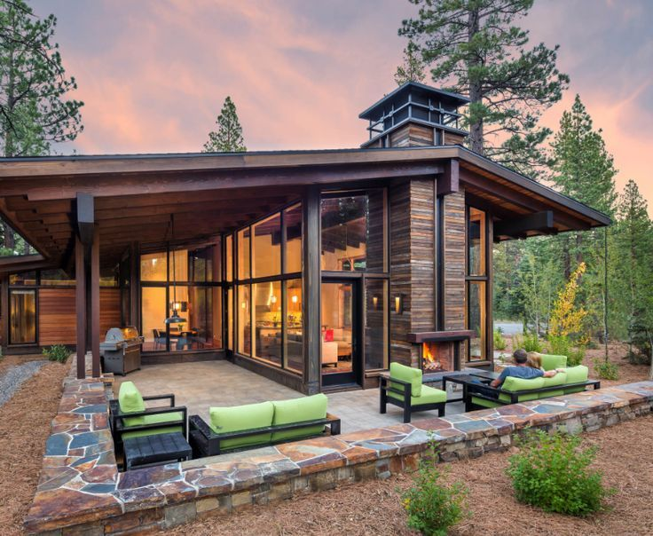 Modern Window Cabin Traci Kinunen With Images House Exterior