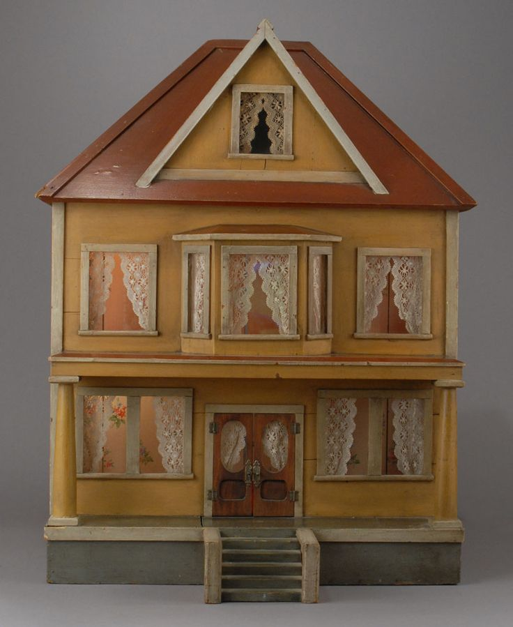 Vintage Wooden Dollhouse 11