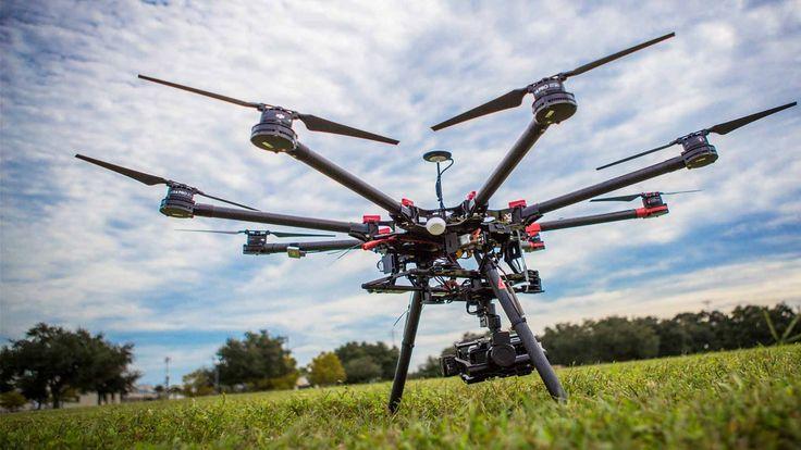 Fotografujesz lub filmujesz przy użyciu takiego sprzętu jak quadrotor, heksakopter czy samolot bezzałogowy ? Czy posiadasz odpowiednie uprawnienia ?