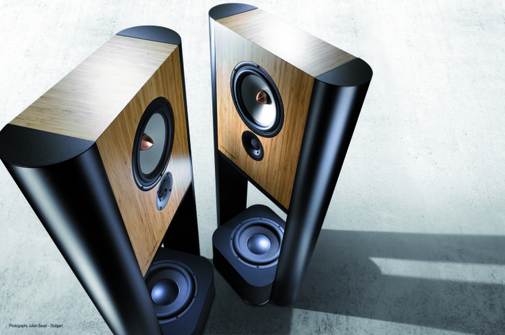 Grimm Audio LS-1 a Hi End Design active system. This speaker is explicitly for those who want the most neutral and transparent sound reproduction, no corners were cut.