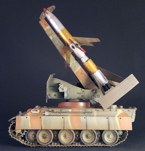 Rheintochter R-IIa auf Pantherfahrgestell