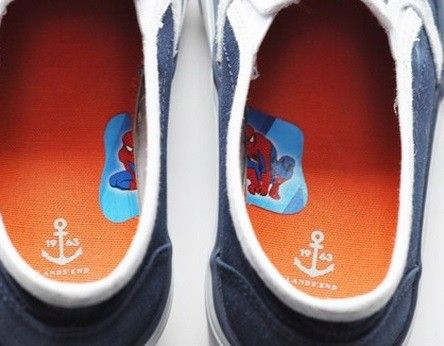 To get your kids to put their shoes on the correct feet, cut a sticker in half and place it on the insides of their shoes.