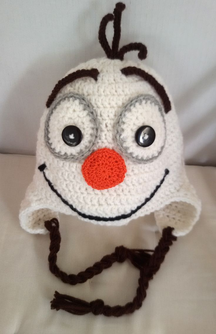 Crochet Olaf Hat! Handmade crochet hat for any age you wish! make an order now on Tres Mignonne