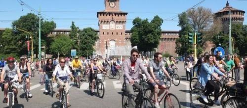 #Attualità: #Cyclopride Day Milano 14 e 15 maggio 2016: la più grande festa urbana della bicicletta da  (link: http://ift.tt/1qb07K3 )