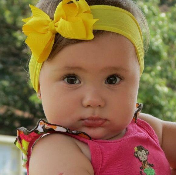 Faixinha Baby feita em meia de seda e laço gorgurão importado Super confortavél não aperta e nem machuca a cabecinha de seu bebê. Atende de recém nascido até 4 anos. ***** Melhores informações: cores estampas contatar vendedor R$ 20,00