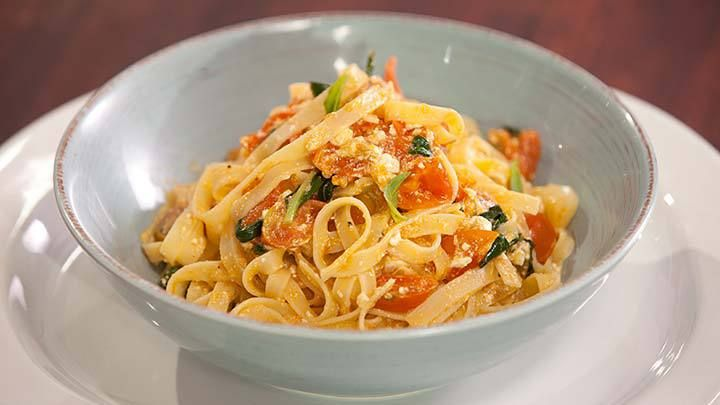 Fettuccini with Cherry Tomatoes, Basil & Cottage Cheese