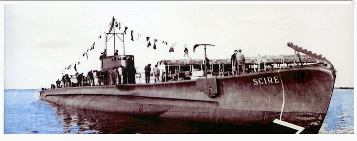 10 июля 1940 год итальянская подводная лодка Scire потопила французский корабль Cheik, в 54 милях к северо-западу от Сицилии, Италия. Экипаж корабля Cheik был спасен итальянцами Scire.
